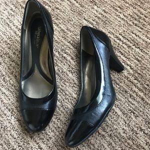 Naturalizer short heel